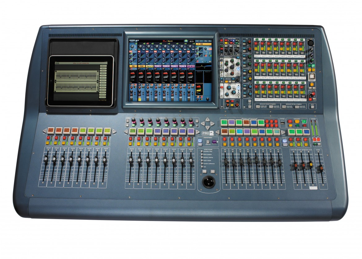 Mister X Service buys the new Mixer Midas PRO 2